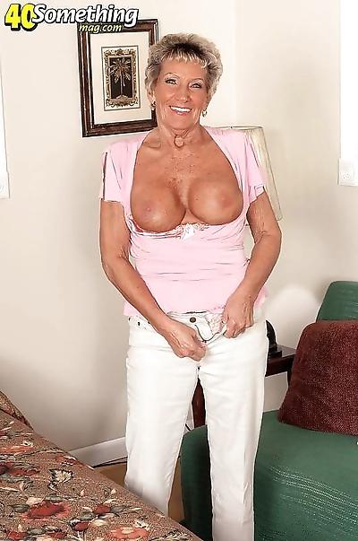 Naughty sexy granny lady..