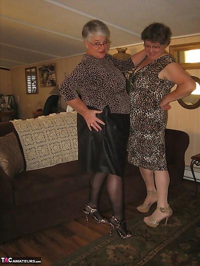 Old women strip down to..