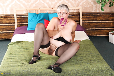 Naughty granny getting..