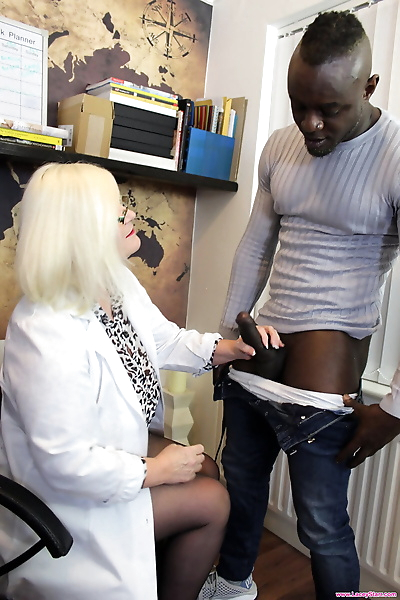 Horny granny Lacey Starr..