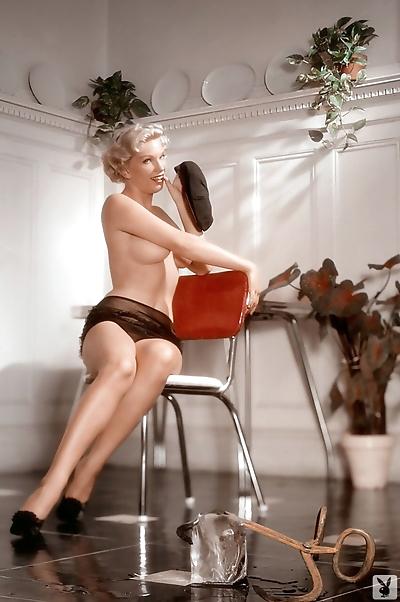 German mature lady Marion..