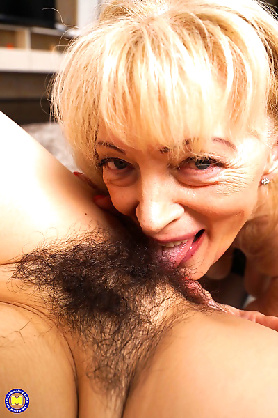 Horny mature lesbian doing a..