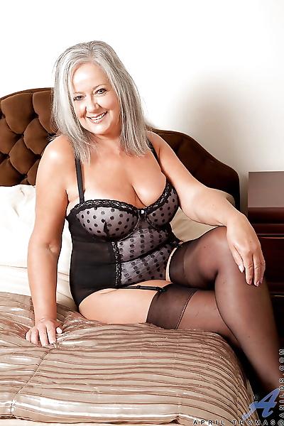 Fatty granny in stockings..