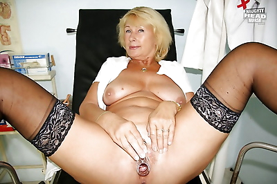 Filthy granny in nylon..