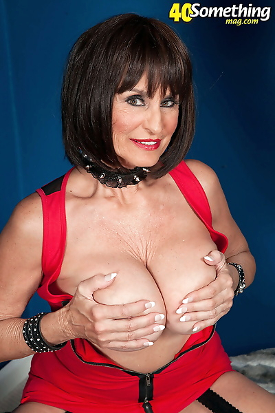 Busty mature woman Rita..