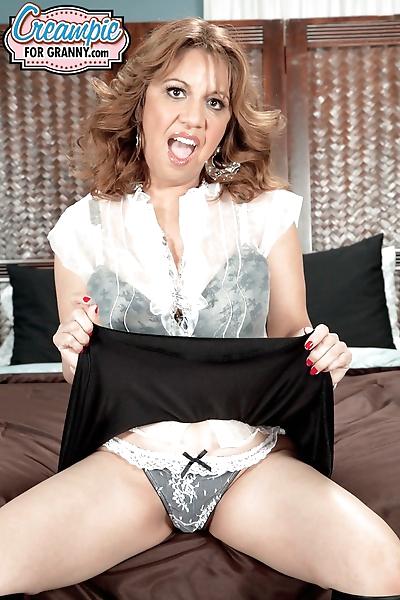 Mature with big tits Marisa..
