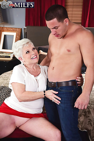 Dirty granny slut jewel cums..