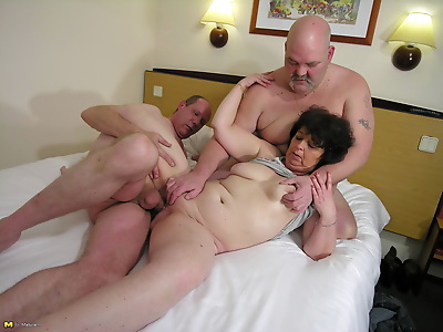 Horny mature slut takes on..