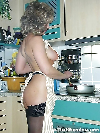Grandma naked cooking - part..