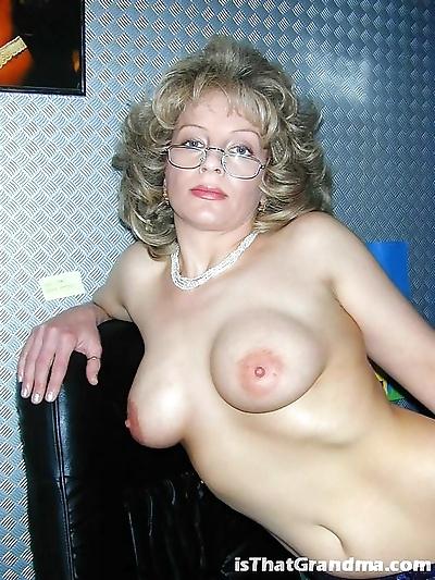 Grandma naked - part 3458