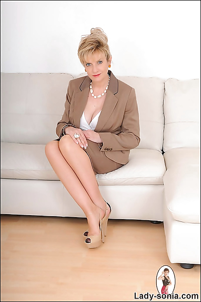 Hot nylons mature secretary..