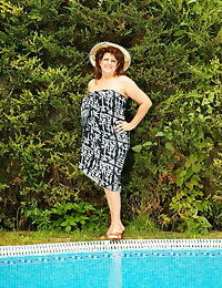 This big housewife gets naughty at the pool - part 2701