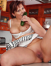 Gorgeous mature women with best sex experience - part 5116