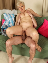Horny old Mimi gets on her knees to suck Leslies cock & rides naked on top
